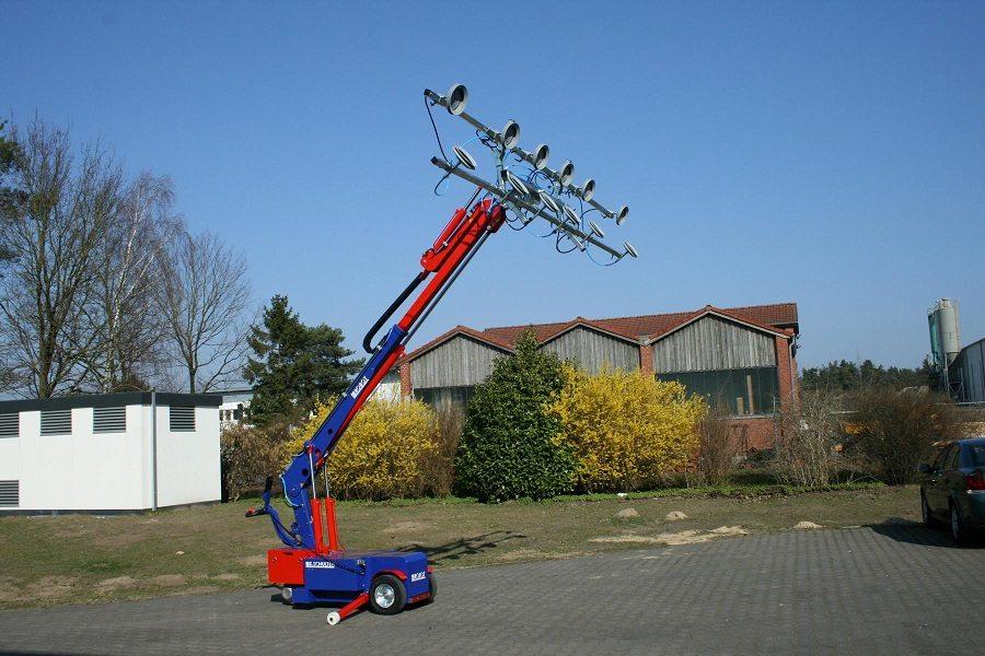 MAV Lift Glazing Robots